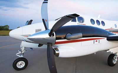 internal nav spec.ashx?w=400&hash=A6CFCDFBA3D119EB5E81E577883666E630ADA9AD king air c90gtx King Air 200 at aneh.co